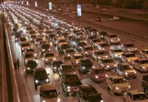 *  Shaikh Zayed Road is blocked with traffic leaving Burj Khalifa at 2.30am on Saturday.     * Image Credit: Virendra Saklani/Gulf News