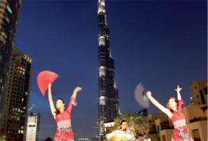 Flamenco dancers at the Burj ... by evening the area becomes lively and performers from all over the world entertain visitors